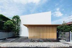 「コートハウス 屋根」の画像検索結果
