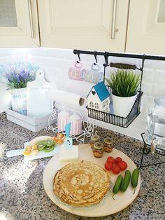 Dek Table Decorations, Kitchen, Furniture, Home Decor, Cooking, Decoration Home, Room Decor, Kitchens, Home Furnishings