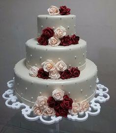 Bolo Fake Casamento De Eva Flores Rosa Branco Vermelho Nude - R$ 160,00 Cake Boss Wedding, Fake Wedding Cakes, Elegant Wedding Cakes, Beautiful Wedding Cakes, Wedding Cake Designs, Wedding Cupcakes, Beautiful Cakes, Champagne Wedding Themes, Bolo Fake Eva