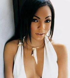 Every girl has to have a lil bit of ashanti in there lives # baddie!!