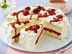 Torten-Träume - unsere Lieblingsrezepte! - beeren-bananen-torte  Rezept