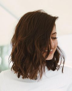 Choppy and Wavy Lob - 60 Inspiring Long Bob Hairstyles and Long Bob Haircuts for 2019 - The Trending Hairstyle Long Bob Haircuts, Long Bob Hairstyles, Natural Hairstyles, Medium Hair Styles, Curly Hair Styles, Shoulder Length Hair, Ombre Hair, Blonde Hair, Hair Lengths