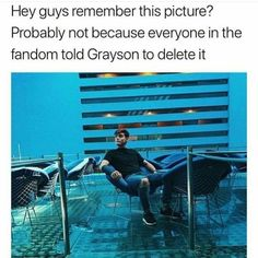 Why the fu.k anyone told him to do that??i think it's his thing what he wanna post AND if you are a true fan you gonna drooling over that pic ...at least that's what I'm thinking...♀️ I think this pic is AMAZING Gray you don't need to listen to anyone