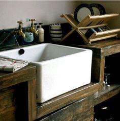 love this kitchen sink