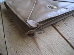 Vintage genuine leather purse clutch / FS originals by RefugeHeart