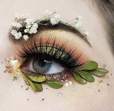 90 New Fashion Art Makeup Augen Lidschatten Tutorial 2020 Fantasy Makeup Art Aug Eye Makeup Art, Cute Makeup, Pretty Makeup, Eyeshadow Makeup, Eye Art, Eyeshadow Palette, Yellow Eyeshadow, Crazy Makeup, Eyebrow Makeup