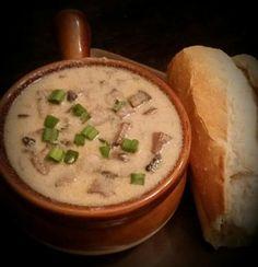 Creamy Mushroom Soup. Follow WunderRub on Facebook.  Wunderrub.net