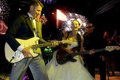 L'amore di Yulia e Pasquale raccontato in una fiaba wedding esclusiva a Taormina.