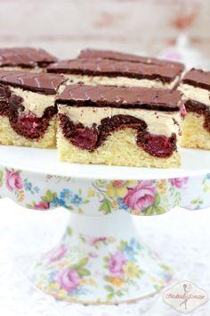 Waves of the Danube Wave Cake, Sponge Cake, Food Cakes, Tiramisu, Cake Recipes, Cooking Recipes, Sweets, Baking, Ethnic Recipes