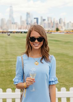 Sophie Shoelover in the Camilyn Beth 'Ophelia' Dress in Periwinkle. Veuve Cliquot Polo Classic in NYC Preppy Girl, Preppy Style, My Style, Spring Summer Fashion, Spring Outfits, Veuve Cliquot, Polo Classic, Casual Elegance, Dress First