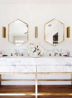 The Biggest Closet In The World Is Up For Sale Bathroom Interior Design Decor Interior Design Bathroom Interior