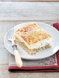 Τα σουφλέ με ζυμαρικά είναι ανεπανάληπτης νοστιμιάς. Δοκιμάστε αυτή τη συνταγή και θα μάς θυμηθείτε! Cookbook Recipes, Pasta Recipes, Vegan Recipes, Cooking Recipes, Yummy Cookies, Greek Recipes, Pasta Dishes, Recipies, Oven