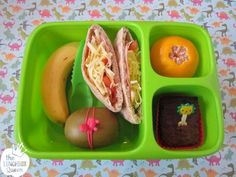 Simple bento lunchbox. Goodbyn Hero lunchbox and all accessories available in New Zealand from www.thelunchboxqueen.co.nz