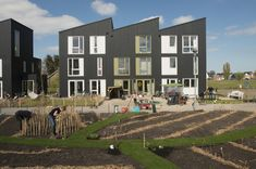 Geworteld Wonen, Rijswijk Buiten, The Netherlands. By Inbo #socialimpact #community #gardening