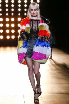 Saint Laurent Fall 2015 Ready-to-Wear Fashion Show - Lili Sumner (Next)