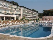 Hotel Kini Park Bulgaria, Outdoor Decor, Home Decor, Decoration Home, Room Decor, Home Interior Design, Home Decoration, Interior Design