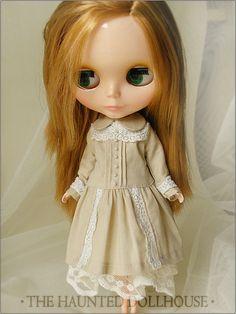 """""""An Evening Tea"""" dress for Blythe  from deisdollhouse on etsy"""