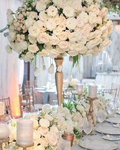 @strictlyweddings @davidkimmeldesign has us swooning over his timeless floral designs!