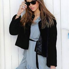 When you need to be elegant ➡️BOMBONSPAIN #marilovers 🔘 Outfit con mi nuevo vestido de @bombonspain, y chaqueta @pullandbear, camisa blanca gafas @rayban y calcetas @calzedonia 🌟....preparada para desfilar 🔷 http://bombonspain.com/ #bombonspain #minimodels #fashionblogger #modainfantil #modateen #instafashion #wiw #instastyle #outfit #outfitoftheday #sudaderas #modainfantil #marilovers #modasport #trendsunnies #modateen #ropainfantil #fashionkids #fashionstyle #minimodels #iloviu 🔶🔷