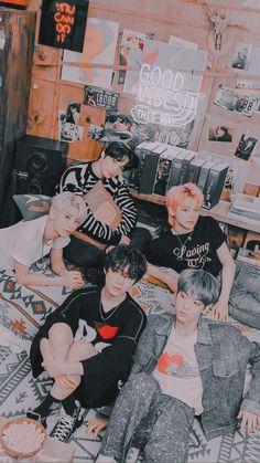 Bts Wallpaper, Iphone Wallpaper, Kpop Backgrounds, Korean K Pop, Fantastic Baby, Sky And Clouds, My Land, K Idols, Foto E Video