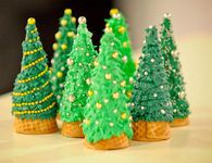46 DIY Christmas Cone Trees ---------------------------------------------------------------By Posted on December tree has excellent needle reten Upside Down Christmas Tree, Cone Christmas Trees, Christmas Decorations, Xmas Tree, Christmas Goodies, Christmas Baking, Kids Christmas, Gingerbread House Parties, Christmas Gingerbread House