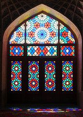 Colored windows of the Nasr ol molk Mosque at Shiraz, Egypt Persian Architecture, Beautiful Architecture, Islamic Tiles, Islamic Art, Shiraz Iran, Persian Pattern, Beautiful Mosques, Stained Glass Windows, Entry Doors