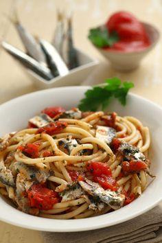 Ricetta Bucatini alle acciughe fresche | Cirio #italianfood
