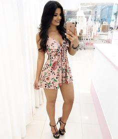 """1,308 curtidas, 9 comentários - Loja Girls Chick (@lojagirlschick) no Instagram: """"Atacado e Varejo  Compre pelo site: www.girlschick.com.br Compre por WhatsApp: (85) 99613-1175…"""" Girly Outfits, Hot Outfits, Summer Outfits, Casual Outfits, Girl Fashion, Fashion Dresses, Womens Fashion, Estilo Hip Hop, Native American Fashion"""