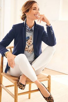 Classic Work Outfits Ideas for Women « The Best Fashion Classic Work Outfits Ideas for Women « The Best Fashion. Classic Work Outfits, Casual Work Outfits, Winter Outfits For Work, Business Casual Outfits, Mode Outfits, Work Casual, Spring Outfits, Work Attire, Office Outfits