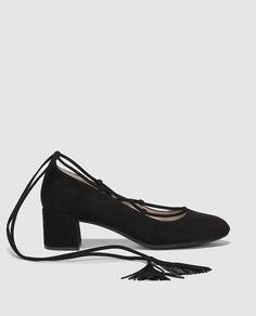 be7b22496 18 melhores imagens de Sapatos em 2016 | Shoes, Court shoes e Heels