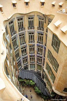 Barcelone, casa Milà, immeuble signé Gaudí
