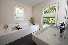 #bad #wanne #modern #bathroom #design #stateoftheart