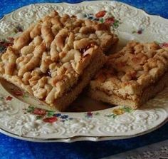 Recipe for Tasty Squares, otherwise known as konfyt-vierkante – a South African favourite Ingredients 115 gram butter cup gram) sugar 1 egg teaspoon ml) ground cinnamon […] South African Desserts, South African Recipes, Africa Recipes, Cheesecake Recipes, Dessert Recipes, Cheesecake Squares, Delicious Desserts, Yummy Food, Chocolate Recipes