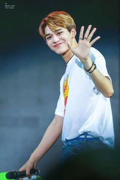 I hope he will notice me someday ❤️ Lucas Nct, Nct 127, Winwin, Hong Kong, Ntc Dream, Babe, Mark Nct, Fandoms, Jung Woo
