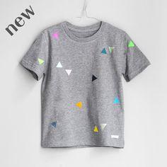 T-Shirt Dreiecke grau