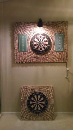 DIY Wine Cork Dartboard. Perfect for all those corks!