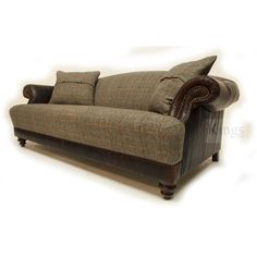 Tips That Help You Get The Best Leather Sofa Deal. Leather sofas and leather couch sets are available in a diversity of colors and styles. A leather couch is the ideal way to improve a space's design and th Tuscan Furniture, Find Furniture, Harris Tweed, Sofa Deals, Family Room Furniture, Best Leather Sofa, Sofa Price, Couch Set, Gray Sofa