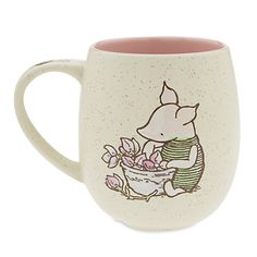 Disney Coffee Cup Mug - Piglet Classic - Waiting for a friend Disney Coffee Mugs, Disney Mugs, Cute Winnie The Pooh, Pooh Bear, Tigger, Cute Cups, Teapots And Cups, Disney Merchandise, Disney Inspired