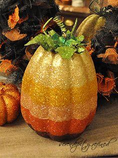 ✿ڿڰۣ Ombre glitter pumpkins      #halloween #diy #craft #decorate #october