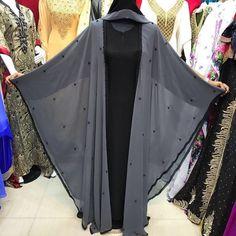 132 Likes, 5 Comments - Dubai Dubai Fashion, Abaya Fashion, Muslim Fashion, Abaya Designs Dubai, Burqa Designs, Abaya Pattern, Pakistani Fashion Casual, Pakistani Suits, Modern Abaya