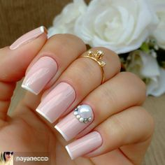 Unhas decoradas delicadas, unhas decoradas diferentes, unhas grandes, u Nail Manicure, Pedicure, Nail Polish, Cute Nails, My Nails, Friendly Nails, Nail Art Pictures, Elegant Nails, Nail Accessories