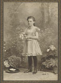 Ruth Blackman, Age 12, 1903.