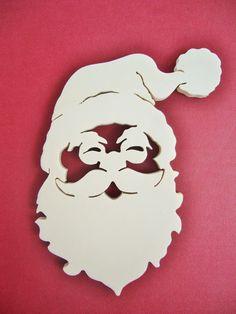 Père Noel en bois découpé à suspendre : Accessoires de maison par sciure-de-bois