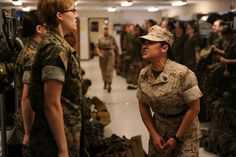 Female D.'s are scarey as hell, motivating, encouraging & loyal Marines. Thank you for what you taught me during my time on the Island. Female Marines, Female Soldier, Women Marines, Female Warriors, Marine Officer, Us Marine Corps, Military Women, Military Life, Military Love