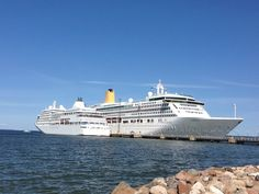 Cruise tip 40: Who is Silversea Cruises best suited for? - Tips For Travellers http://www.tipsfortravellers.com/cruise-tip-40-silversea-crusies-best-suited/