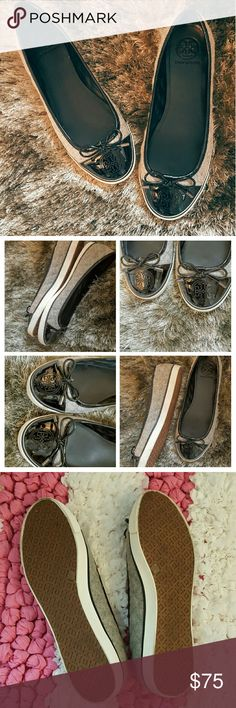 ~Tory B.~ Cute Quilted Sneak's~ ~Cute, Comfy slip n' Go~ Tory B'z ~Grey Quilted/ Patent Navy Blue~ ~In near Perfect - Like New Condition Tory Burch Shoes Flats & Loafers