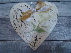 drewniane serce - decoupage w Hand-Made Decorations na DaWanda.com