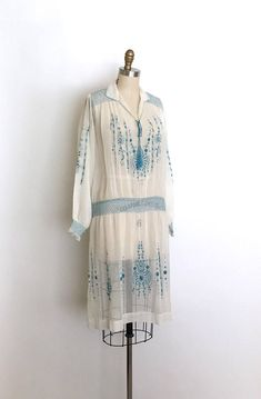 vintage 1920s dress 20s Hungarian embroidered dress