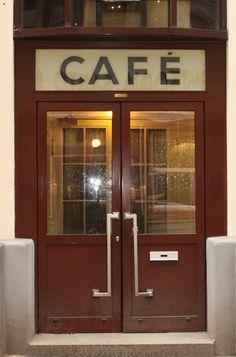 Vienna • Café Hawelka