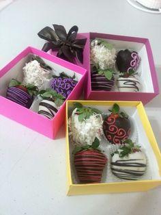 Detalles unicos... Fresas con Chocolate: